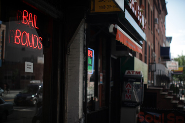 The de Blasio administration plan would help defendants facing bails that are too high for them to pay, but perhaps too low for a commercial bail agent to supply.