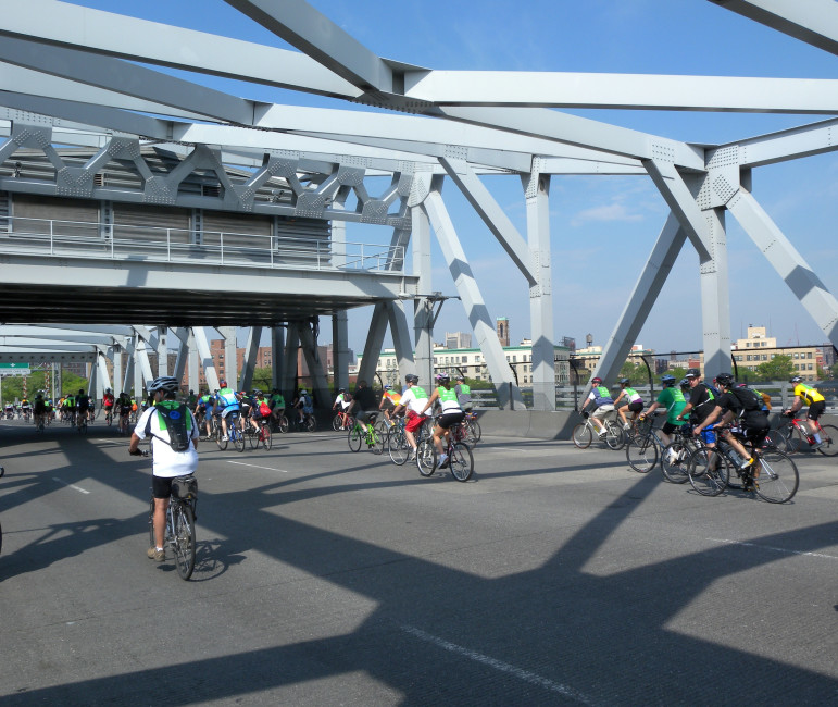 The Third Avenue Bridge: one way to get from Manhattan to the Bronx (although we assumed most of these bikers made a round trip).