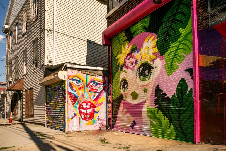 Welling Court Street Art 17