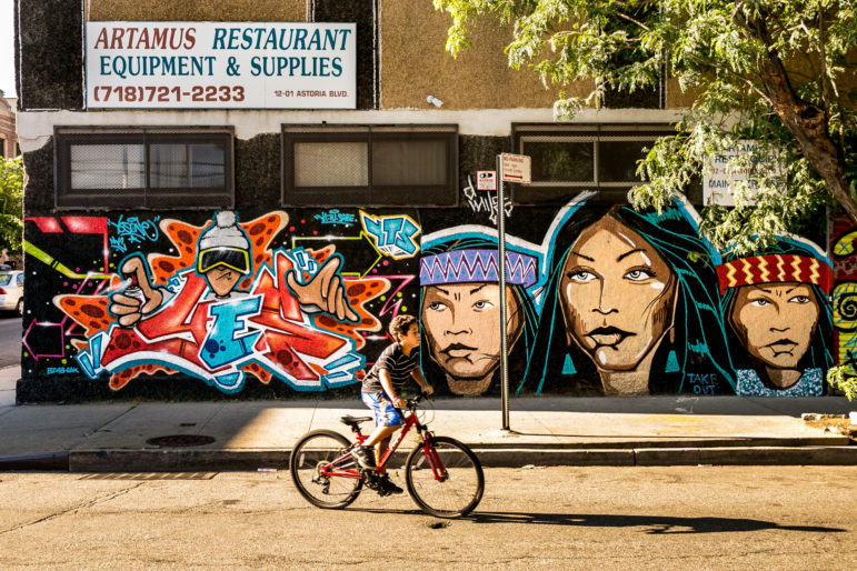 Welling Court Street Art 16