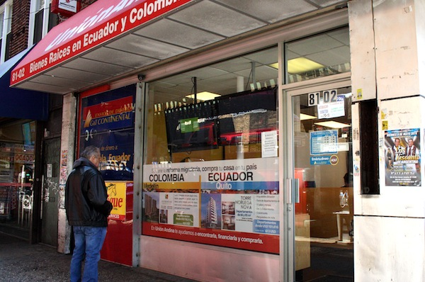 Union Andina, one of the many real estate agencies in Queens that offers apartments to Colombian, Ecuadorian, Peruvian and Bolivian immigrants.