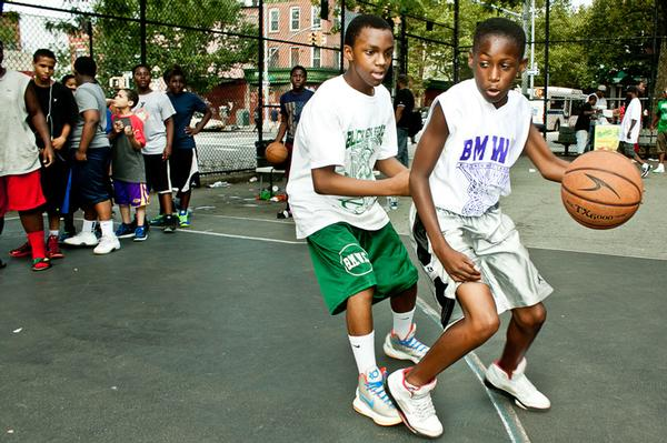 Players work on their game at an annual tournament held last week in Bed-Stuy. Organizers of the