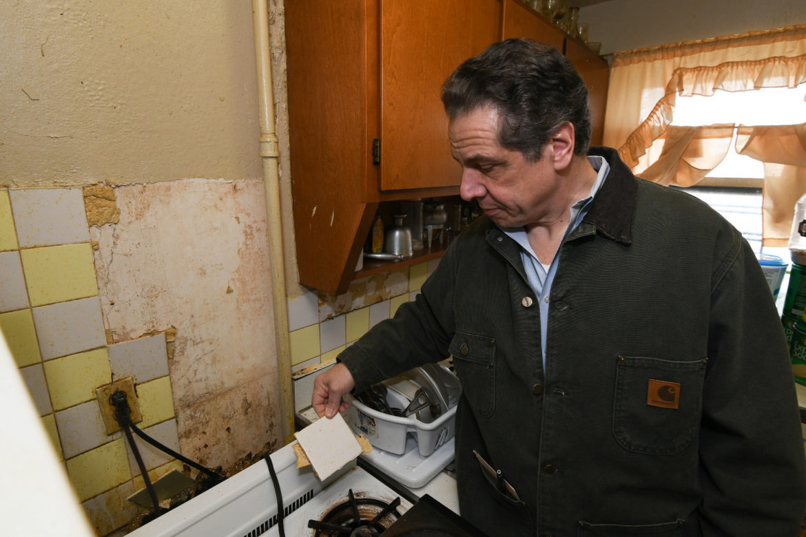 Cuomo Now An Advocate For Saving Nycha Oversaw Public Housing Demolition As Hud Chief